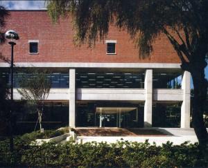 甲南大学図書館(1978年)
